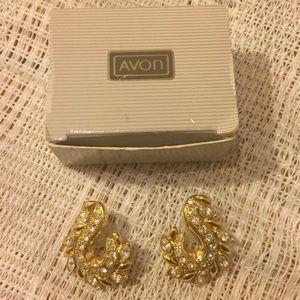 Vintage Avon Anjelica Pierced Earrings